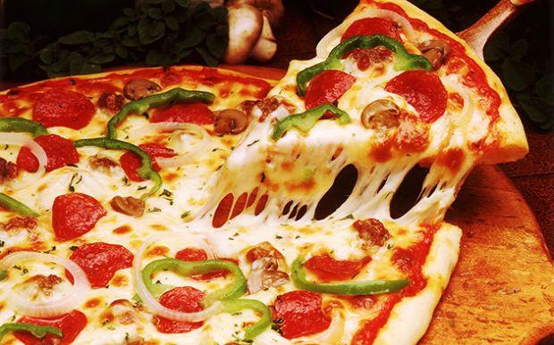 arte-due-imprenditori-sardi-aprono-la-prima-and-quot-pizzacoteca-and-quot