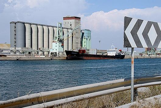 20-05-2021_porto_di_oristano_assessore_salaris_incontra_rappresentanti_comune.html